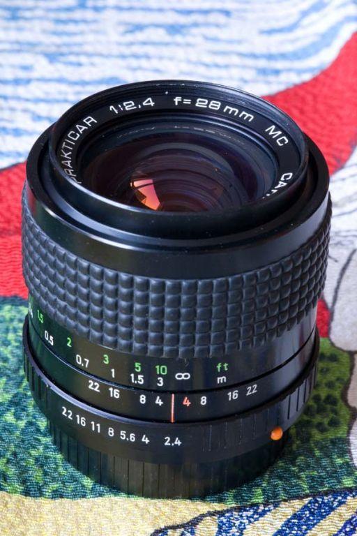 Carl Zeiss Jena Prakticar 28mm F2 4 with Floating Element